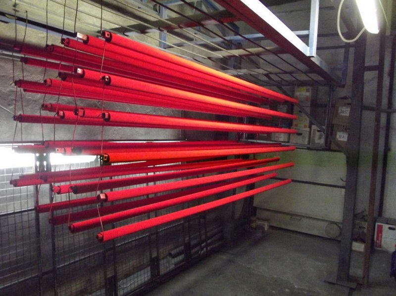 Окраска труб в красный цвет