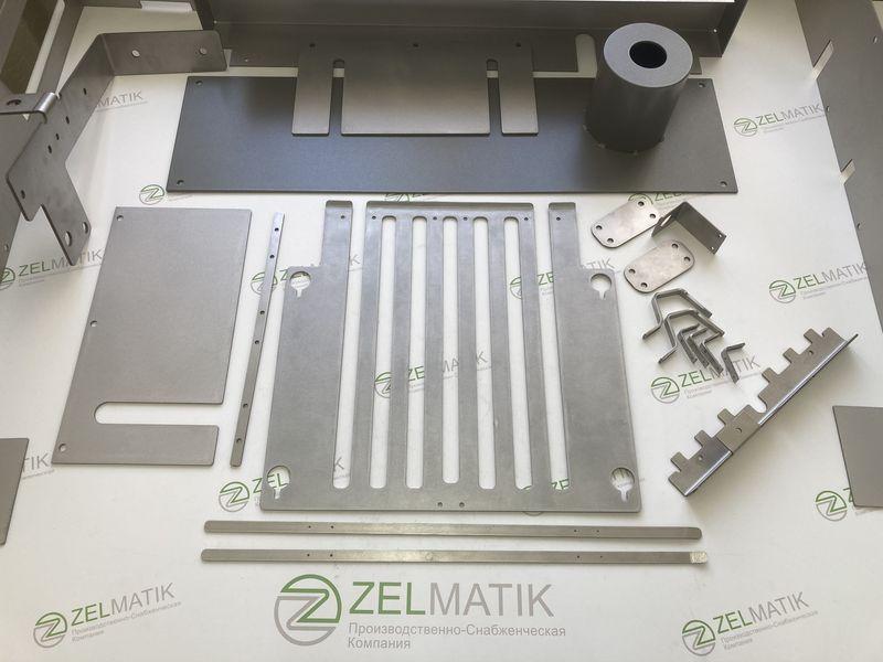 Готовый комплект деталей после лазерной резки, гибки и нанесения покрытия