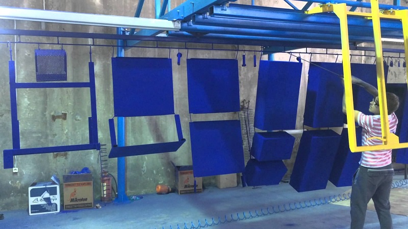 Окраска металла в синий цвет