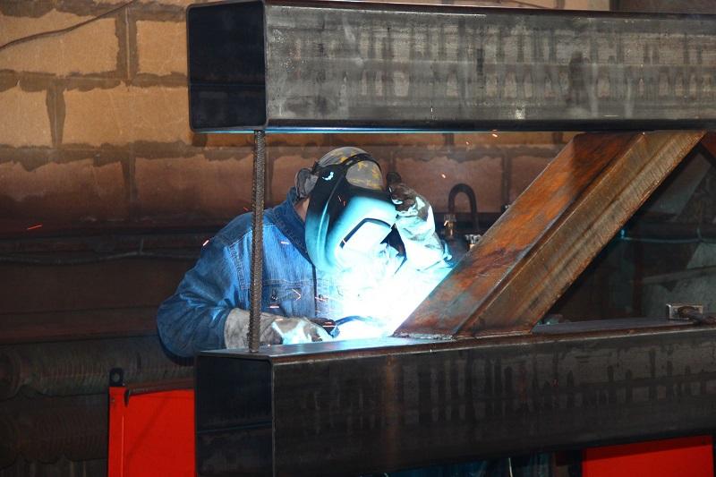 Электродуговая сварка металлоконструкций